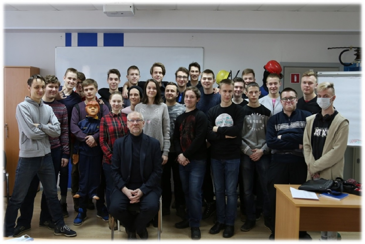 Практика студентов политехнического колледжа в Учебном комплексе ПАО «Ленэнерго».